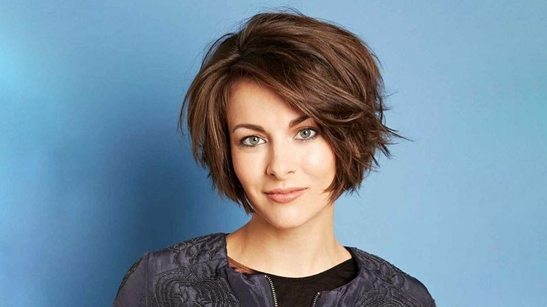 cut a stacked bob
